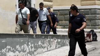 Μενίδι: Ποινή φυλάκισης στον 23χρονο Ρομά για τους άσκοπους πυροβολισμούς (pics&vid)