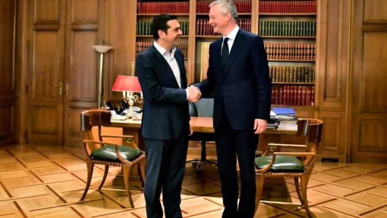 Στο Μαξίμου ο Γάλλος ΥΠΟΙΚ - Αισιόδοξος για συμφωνία στο Eurogroup της Πέμπτης (pics)