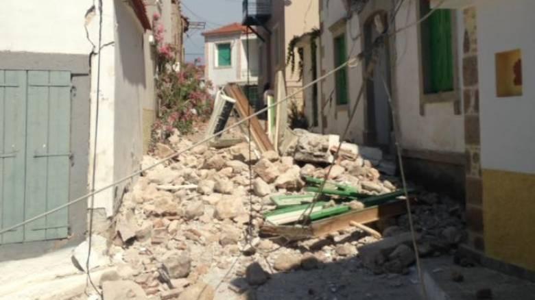 Σεισμός Μυτιλήνη - μεγάλες ζημιές σε Βρίσα και Πλωμάρι