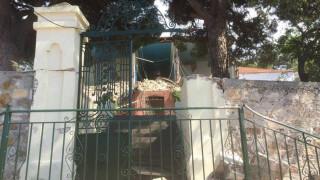 Σεισμός Μυτιλήνη - υλικές ζημιές σε Βρίσα και Πλωμάρι