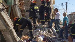 Βρίσα και Πλωμάρι στο έλεος του Εγκέλαδου - Live όλες οι εξελίξεις από τον ισχυρό σεισμό