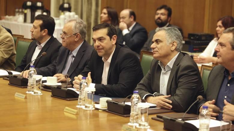 Συνεδριάζει το υπουργικό συμβούλιο με φόντο το Eurogroup