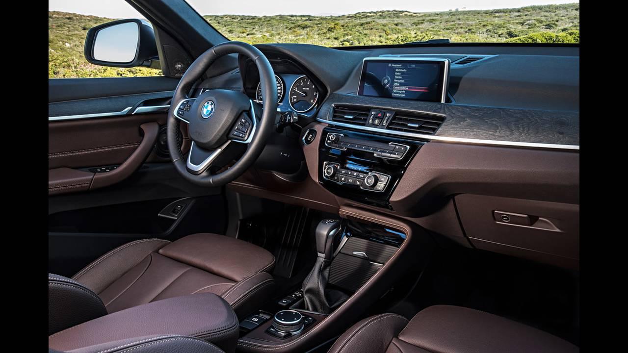 https://cdn.cnngreece.gr/media/news/2017/06/13/84675/photos/snapshot/BMW-X1-19.jpg
