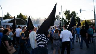 Συγκέντρωση κατοίκων του Μενιδίου στο υπουργείο Προστασίας (pics)