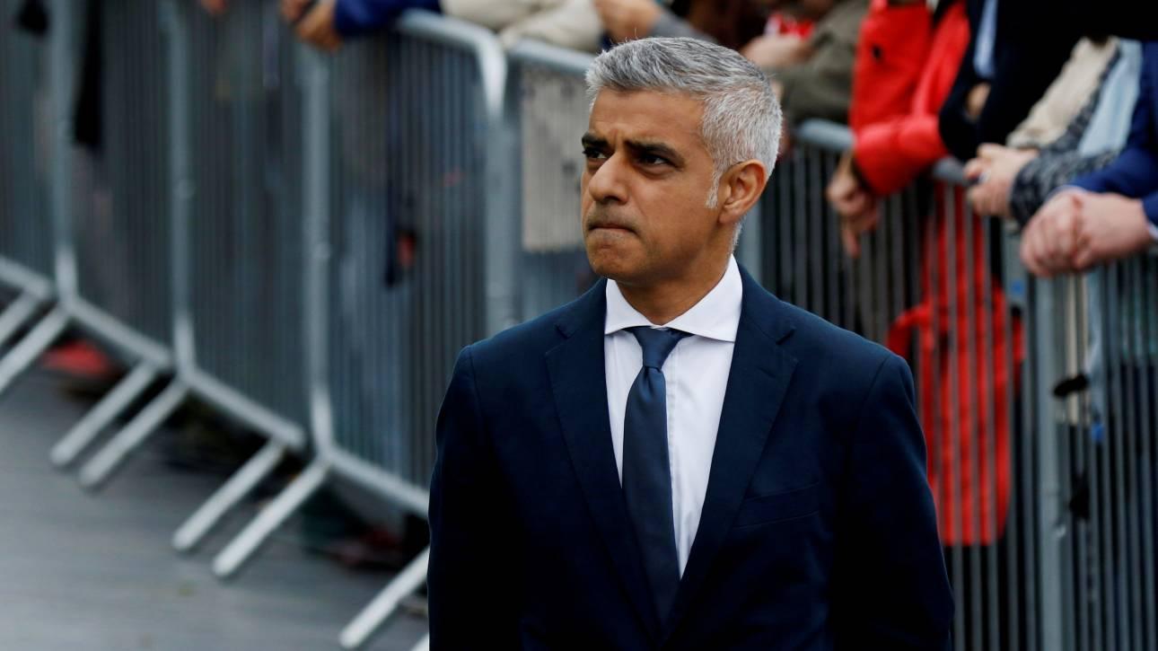 Δήμαρχος Λονδίνου: Εγείρονται ερωτήματα για την ασφάλεια πολυώροφων κτιρίων