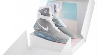 Σε δημοπρασία τα «διαστημικά» παπούτσια από το «Επιστροφή στο Μέλλον»