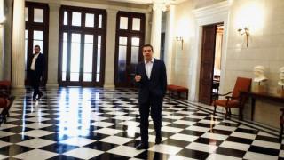 Συγκρατημένη αισιοδοξία στο Μαξίμου για το σημερινό Eurogroup
