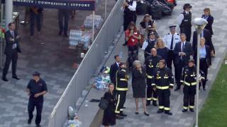 Λονδίνο: Επίσκεψη Μέι στο κτίριο που έγινε στάχτη (pics)
