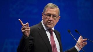 Ρέγκλινγκ: Η Ελλάδα μπορεί να σταθεί στα πόδια της εφόσον εφαρμόσει τις μεταρρυθμίσεις