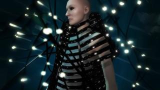 Aντιγόνη: Η τραγική ηρωίδα στην εικονική πραγματικότητα του Gareth Pugh