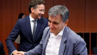 Eurogroup: Ο Τσακαλώτος θα επιστρέψει με μια βαλίτσα χρήματα, λέει ο Σλοβάκος ΥΠΟΙΚ