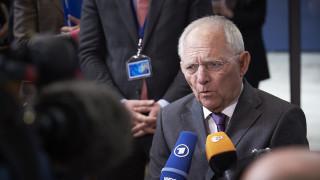 Η «βόμβα» Σόιμπλε πριν το Eurogroup: Υπήρχε συμφωνία εδώ και 3 εβδομάδες αλλά…