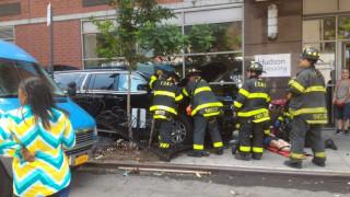 Φορτηγάκι έπεσε πάνω σε πεζούς στο Μανχάταν