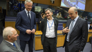 Eurogroup: Δόση 8,5 δισ. και «υποσχέσεις» για χρέος και έξοδο στις αγορές