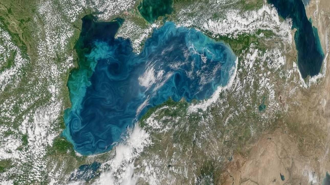 Η Μαύρη Θάλασσα έγινε ...τιρκουάζ - Δείτε γιατί