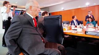 Παραδοχή Σόιμπλε: Ζητάμε πολλά από τους Έλληνες
