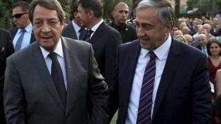 Κύπρος: Αποφασιστικότητα για λύση εκφράζουν Αναστασιάδης και Ακιντζί