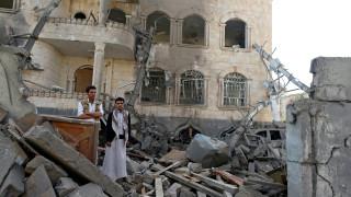 Υεμένη: Τρεις άνθρωποι που φέρονταν να ανήκουν στην αλ Κάιντα νεκροί σε αεροπορικό βομβαρδισμό