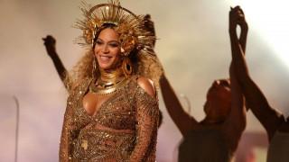 Η Beyonce γέννησε δίδυμα