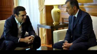 Ολοκληρώθηκε η συνάντηση Τσίπρα - Θεοδωράκη στο Μαξίμου (pics)