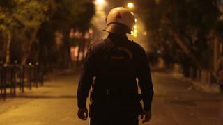 «Μάχη» αστυνομίας - αντιεξουασιστών με αφορμή εκδήλωση στην πλατεία Εξαρχείων