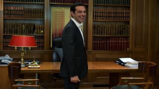 Το παρασκήνιο, τα «καρφιά» και τα νέα «ραντεβού» του Αλέξη Τσίπρα με τους πολιτικούς αρχηγούς