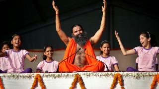 Παγκόσμια Ημέρα Yoga: Η Ινδία & ο κόσμος λέει namaste