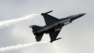 Ρωσία - ΗΠΑ αλληλοκατηγορούνται για την αναχαίτιση αεροσκάφους στη Βαλτική