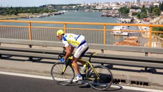Ο τρικαλινός ποδηλάτης Στέλιος Βάσκος κάνει τον γύρο της Ευρώπης για καλό σκοπό (pics)