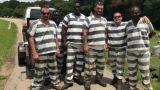 Η ηρωική πράξη έξι κρατούμενων: Κατέρρευσε φύλακας κι αντί να αποδράσουν τον έσωσαν (Vid)