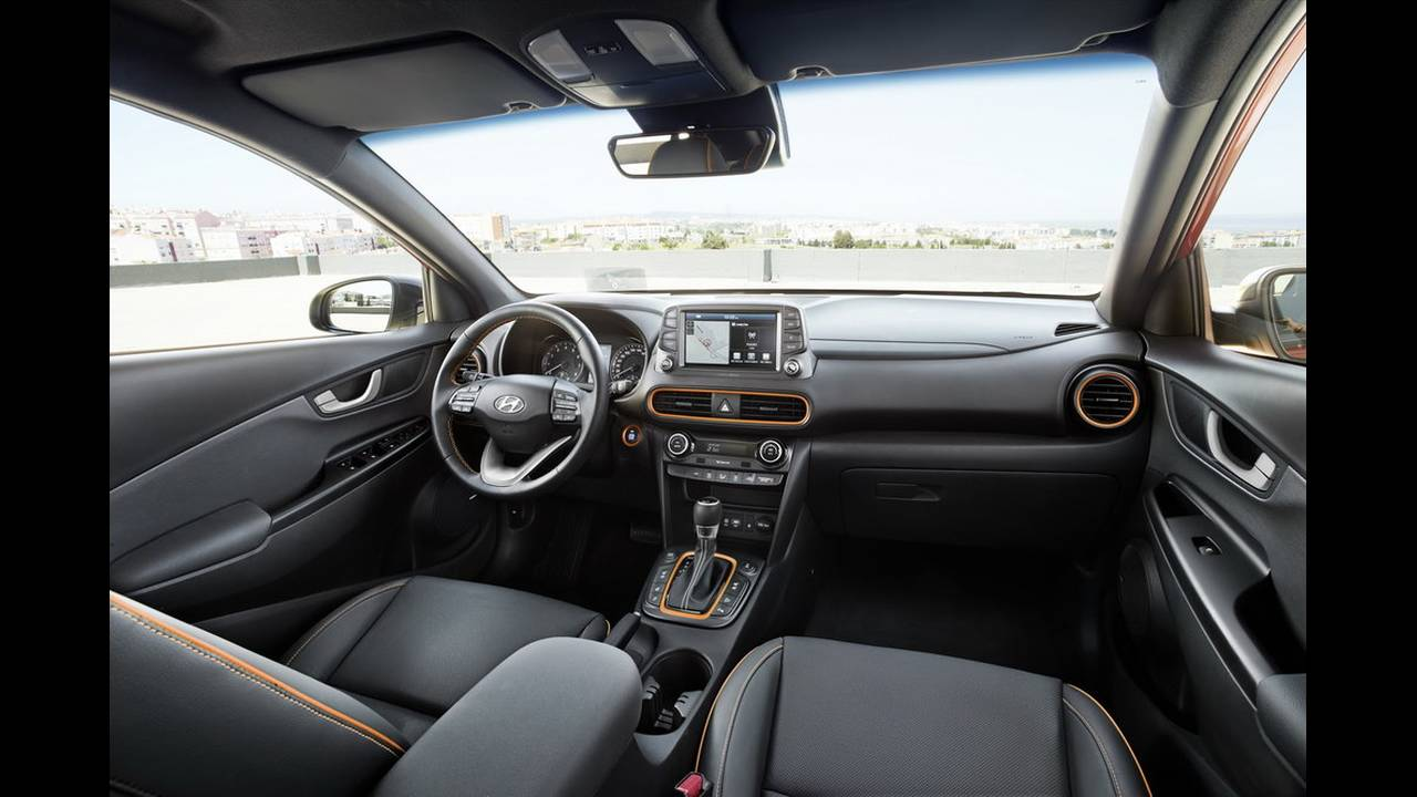 https://cdn.cnngreece.gr/media/news/2017/06/21/85835/photos/snapshot/Hyundai-Kona-E_18.jpg