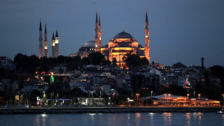 Αντίδραση του ελληνικού υπουργείου Εξωτερικών για την προσευχή Κορανίου μέσα στην Αγιά Σοφιά