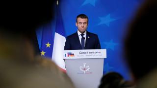 Μακρόν για Ελλάδα: «Δούλεψα με την Μέρκελ για να βρεθεί λύση στο Eurogroup»