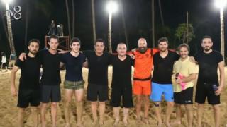 Ο Τσαβούσογλου παίζει ποδόσφαιρο και σκοράρει στο τουρκικό Survivor (vid)