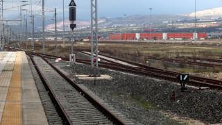 Σιδηροδρομικός σταθμός Πειραιά: Διαγωνισμός για τη δημιουργία εμπορικού κέντρου