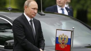 Ρωσία: Ο Πούτιν ο νέος «πατερούλης»