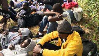 Δακρυγόνα κατά μεταναστών που επιχείρησαν να περάσουν από την Ιταλία στη Γαλλία