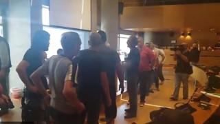 Ένταση στο δημαρχείο της Θεσσαλονίκης - Εργαζόμενοι στην καθαριότητα διέκοψαν τη συνεδρίαση