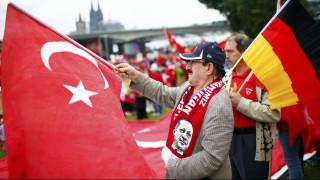 Die Welt: Η γερμανική αστυνομία προειδοποιεί βουλευτές για πιθανή κατασκοπεία από την Τουρκία