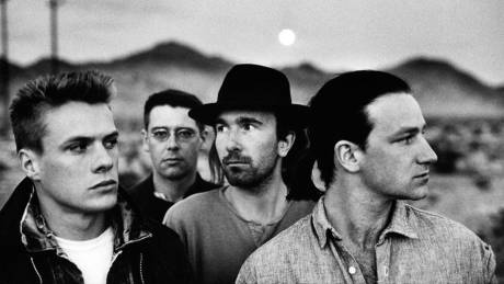 «Είμαι αλκοολικός, εξαρτημένος, τυχερός» - Ο Κλέιτον των U2 αποκαλύπτεται
