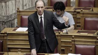 Ο Σταθάκης για το νομοσχέδιο περί αυθαιρέτων - Πότε θα κατατεθεί