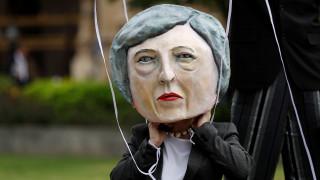 Βρετανία: Ψήφος εμπιστοσύνης σε μια εύθραυστη κυβέρνηση