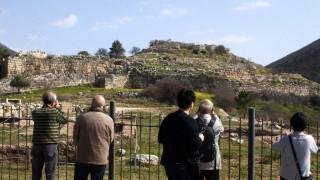 Στάση εργασίας των αρχαιοφυλάκων την Πέμπτη