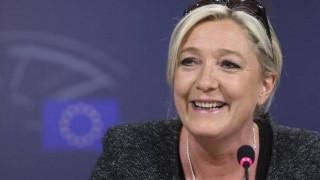 Απαγγέλθηκαν κατηγορίες στη Μαρίν Λεπέν για κατάχρηση κεφαλαίων της Ε.Ε