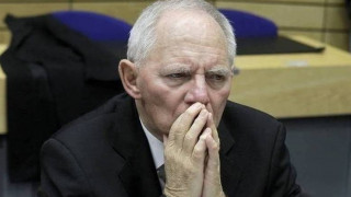 «Χείμαρρος» ο Σόιμπλε: Δεν κόβω εγώ τις συντάξεις των Ελλήνων