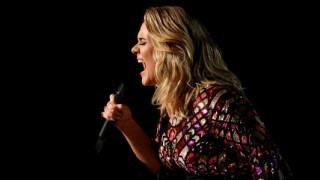 Η Adele ακυρώνει τις δύο τελευταίες συναυλίες της στο Λονδίνο - Τι συμβαίνει με τη φωνή της