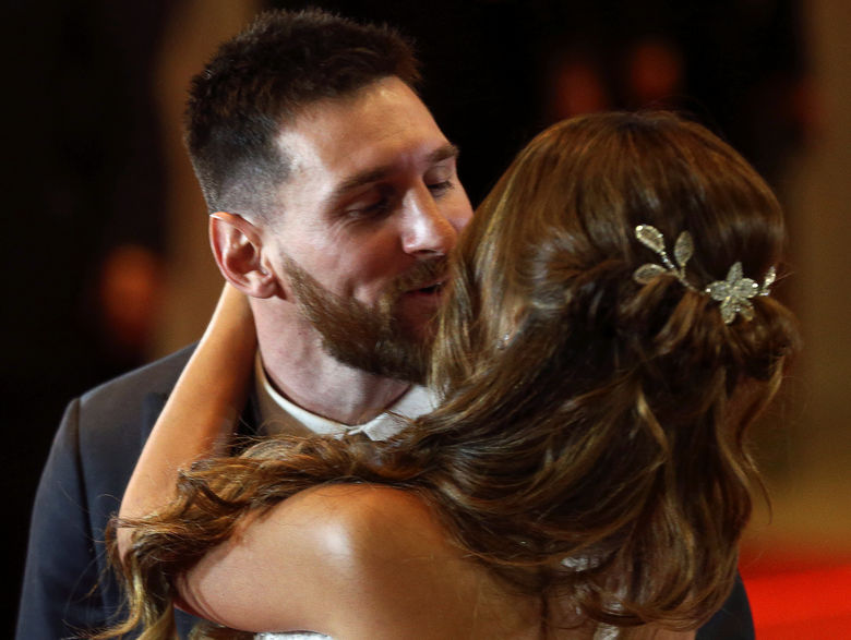2017 07 01T004736Z 1837138094 RC1484E65590 RTRMADP 3 PEOPLE MESSI WEDDING