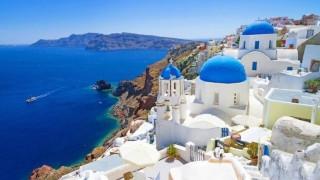 Guardian: Βγήκαν από το παιχνίδι Αίγυπτος, Τουρκία και Τυνησία και επωφελήθηκε η Ελλάδα