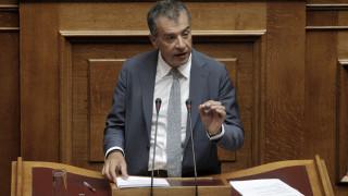Θεοδωράκης: Η Ελλάδα χρειάζεται μια προοδευτική επανάσταση