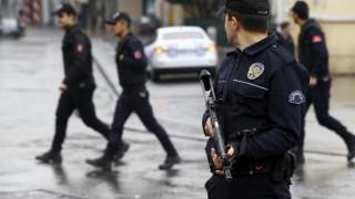 Τουρκία: Σκότωσε αστυνομικό και κρατά έναν όμηρο σε δικαστήριο